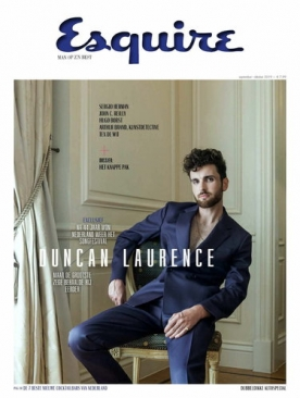 Esquire 4, iOS & Android  magazine